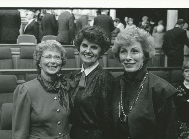 Jayne B. Malan, Ardeth G. Kapp y Elaine L. Jack